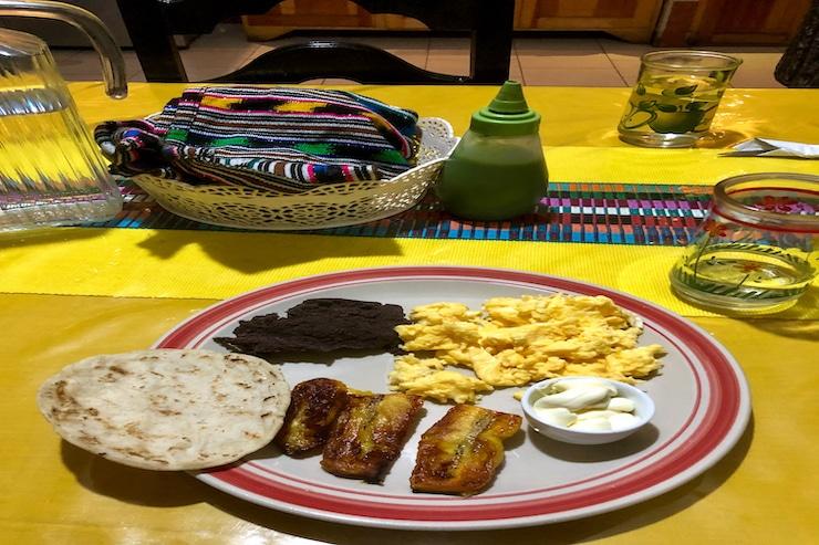 Frühstück Guatemala Beispiel 1
