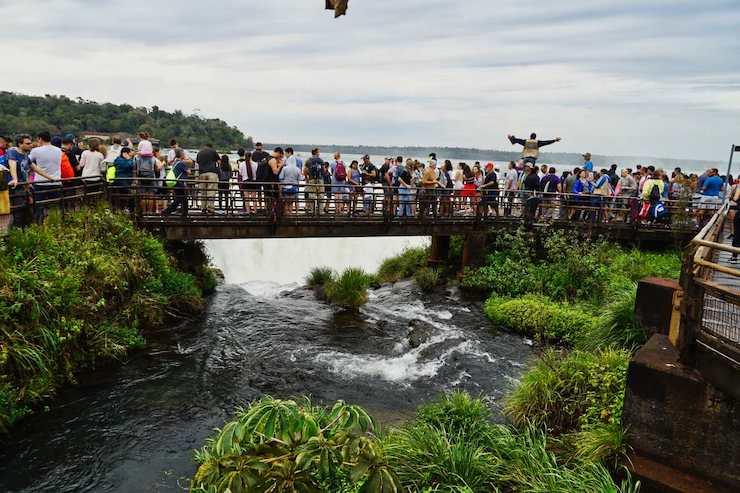 Iguazu Wasserfälle Sturzkante