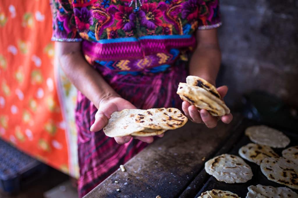 Selbstgemachte guatemaltekische Maistortillas